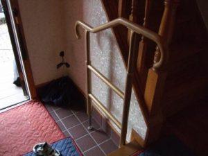 玄関・階段・トイレの手すり工事